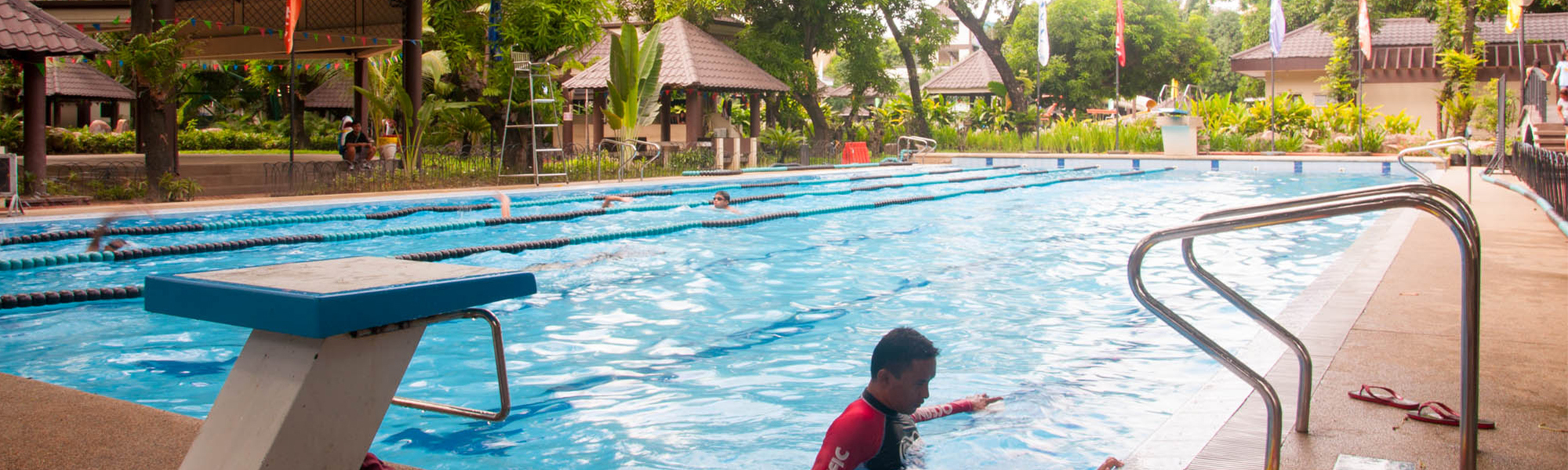 Rave water park pools for Garden city swimming pool hours